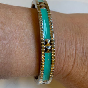 Jewelry - Silver and sea foa green bracelet